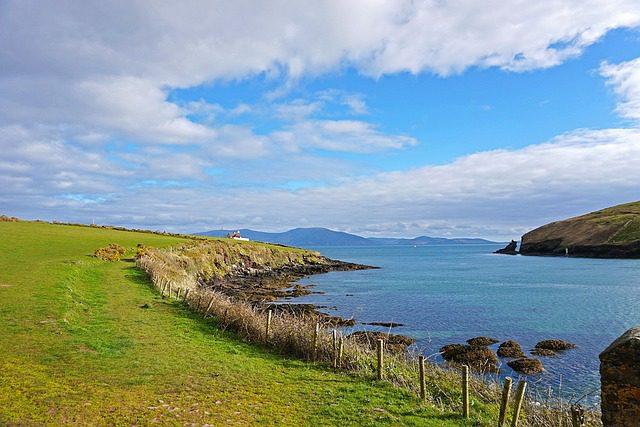 Dingle é um dos principais destinos no verão irlandês. Foto: Pixabay