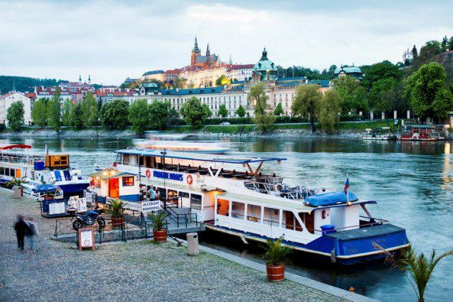 Rio Danúbio conecta várias cidades no Leste Europeu. © Marcin Łukaszewicz | Dreamstime.com
