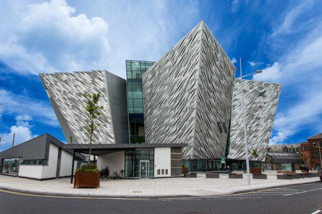 Museu do Titanic esta em Belfast, na Irlanda do Norte.© Andrea La Corte | Dreamstime.com