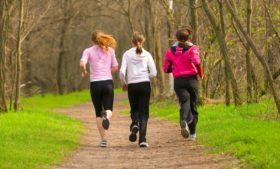 Como aproveitar os parques na Irlanda e ficar em forma