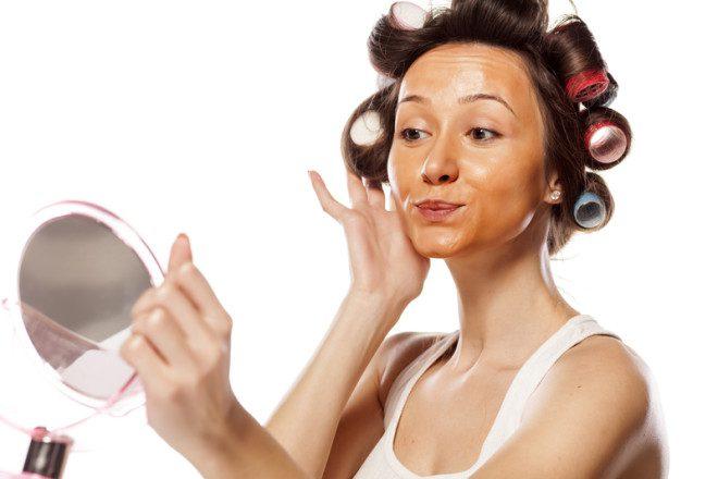 As irlandesas as vezes erram na cor do make up, aí o resultado fica muito nítido.© Vladimirfloyd | Dreamstime.com