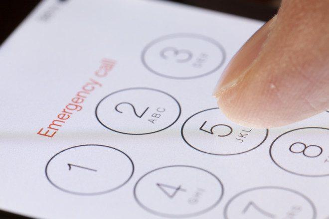 Para quem ligar em caso de uma emergência no exterior?. © Ymgerman | Dreamstime.com