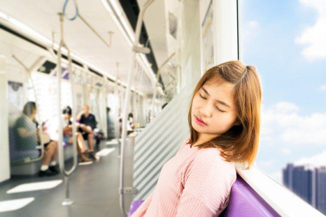 Proibido dormir no trem de Nova York. © Kittisak Jirasittichai | Dreamstime.com