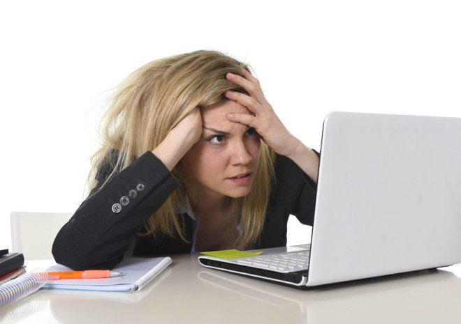 Trabalhar por agência pode dificultar a conquista de novas amizades. © Ocusfocus | Dreamstime.com