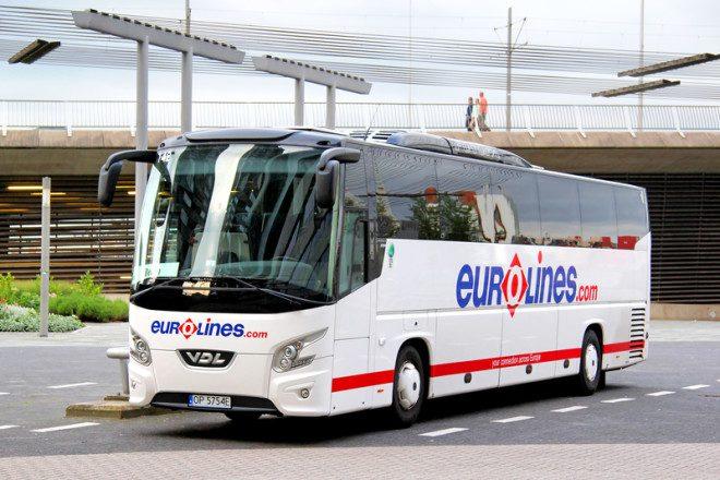 Eurolines é uma das empresas terrestre mais barata da Irlanda© Artzzz | Dreamstime.com