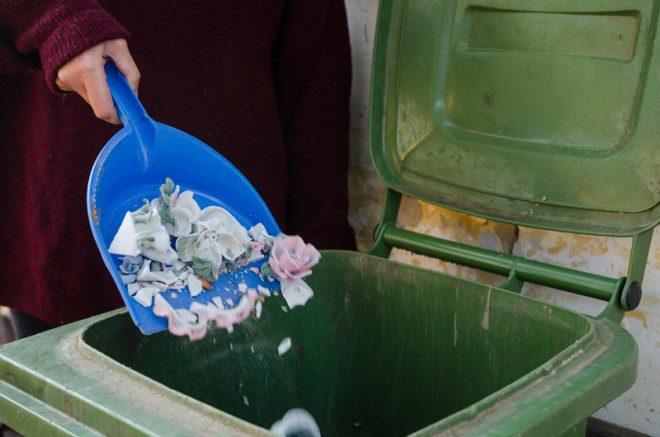 Empresa na Irlanda cobra caro para recolher o lixo.© Andrea Varga | Dreamstime.com