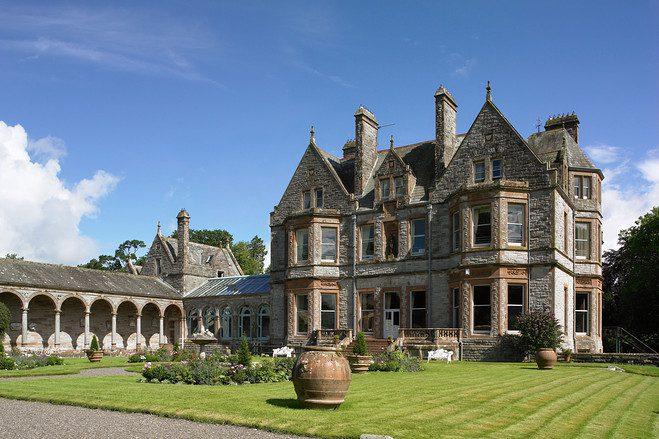 Os castelos irlandeses são os destinos mais prováveis de atividades paranormais. Fonte: Divulgação
