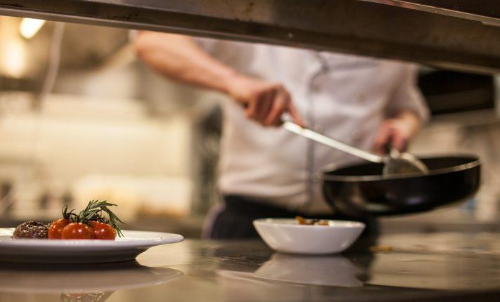 Como conseguir trabalho formal como chef na Irlanda?