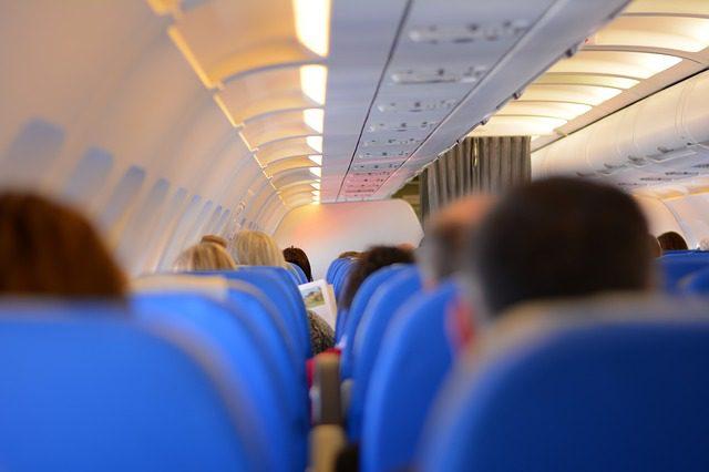 Aposte nas cadeiras localizadas próximas as asas. Créditos: Pixabay.
