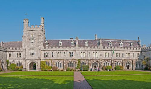 University College Cork, uma das mais tradicionais do país. Foto: Shutterstock