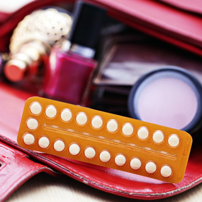 contraceptive-pill-in-bag