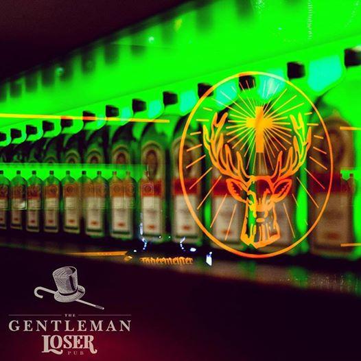 Partidas de partida de futebol ou rugby garantida no The Gentleman Loser Pub. Fonte: Facebook