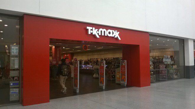 Na TKMAXX você encontra roupas de marca por preços incríveis.Foto: Elizabeth Gonçalves