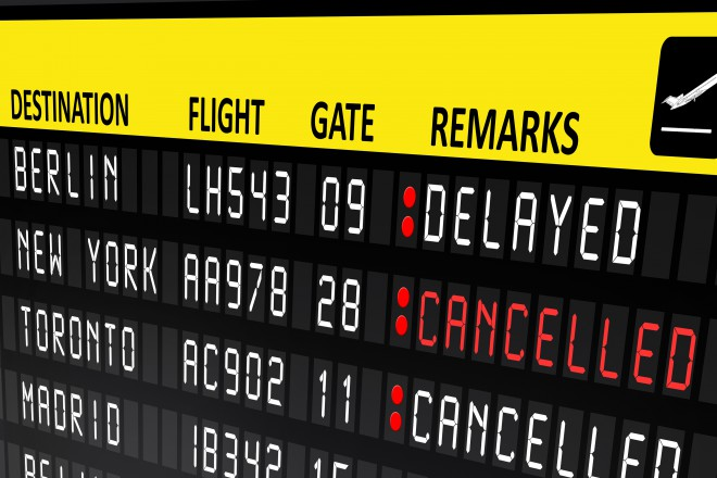 flight-canceled_econlife.com