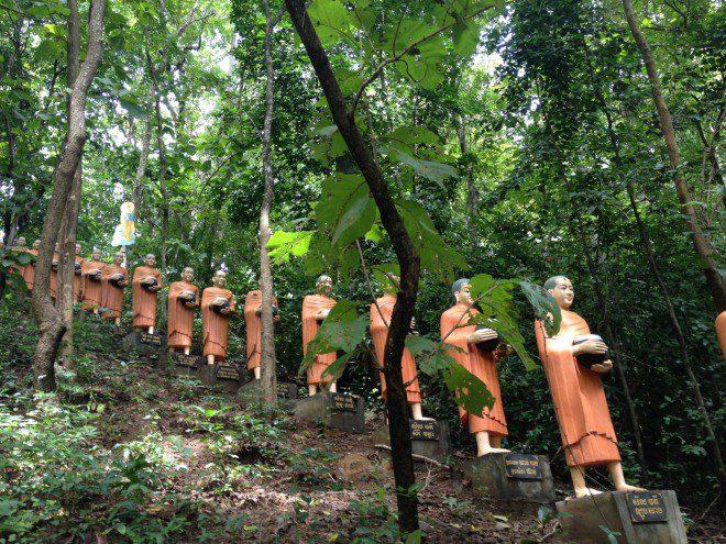 No Cambodia as imagens de Budas espalhadas por todos os lugares. Arquivo Pessoal