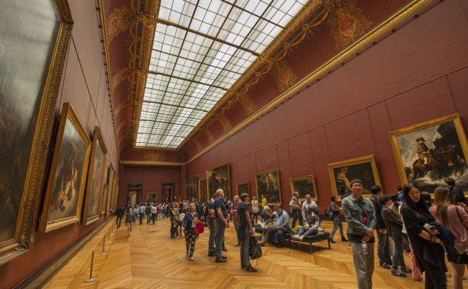 Museu du Louvre. Créditos: shutterstock.