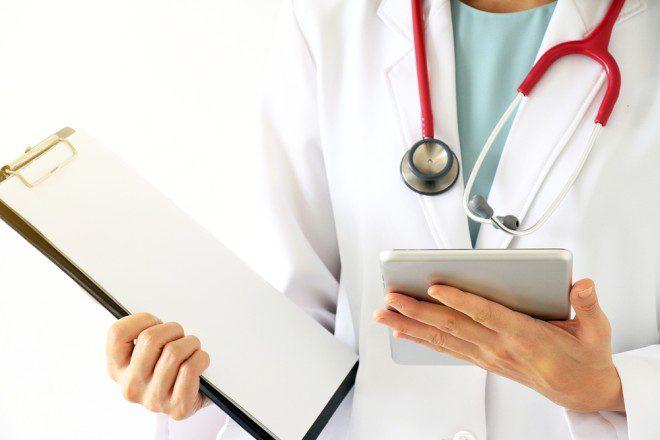 Visitar o medico para um check up pode evitar contratempos ligados à saúde. Foto: Shutterstock