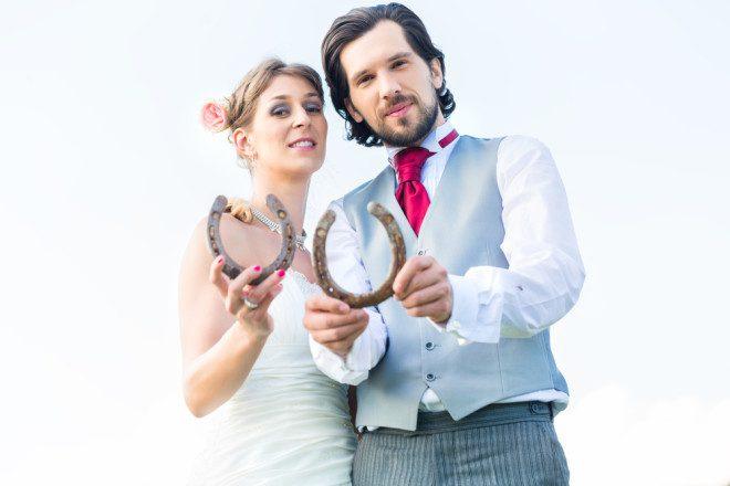 Ferradura é objeto de sorte para noivas. Crédito: Kzenon | Depositphotos