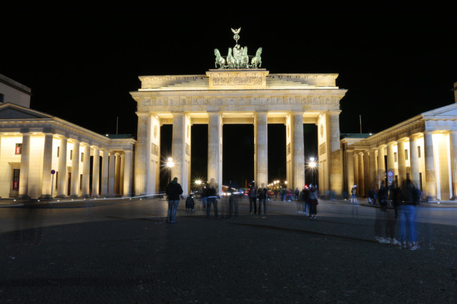 Berlim é repleta de clubs, principalmente para os fãs de música eletrônica. Crédito: 360ber/Depositphotos
