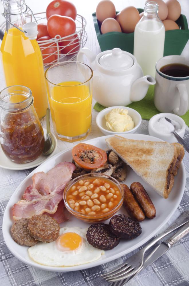 Não, isso não é um almoço. É o irish breakfast. Crédito: Szakaly/Depositphotos