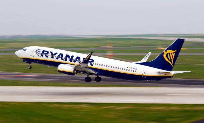 Funcionários da Ryanair farão greve em Portugal