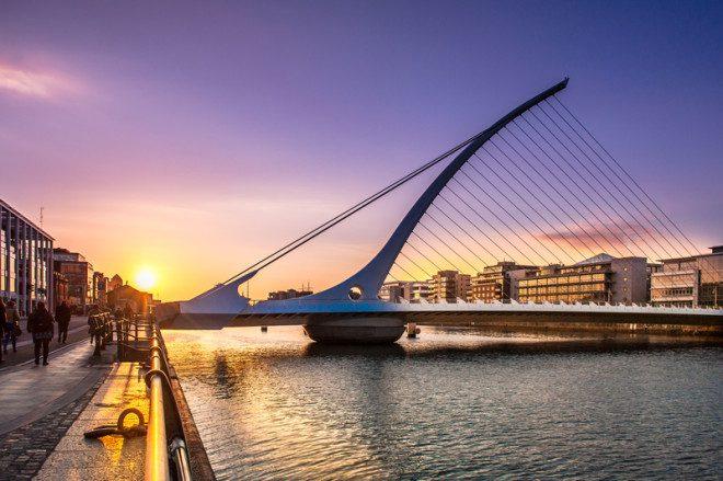 Ponte Samuel Beckett, em Dublin, um dos pontos turísticos da cidade. Crédito: Altezza | Dreamstime.com