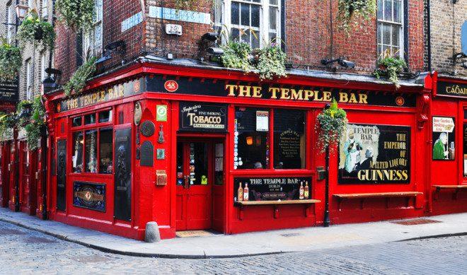 A Irlanda é repleta de pubs para todos os gostos. Crédito: Lucian Milasan | Dreamstime.com