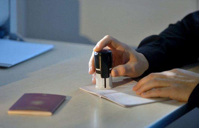 Para o visto de estudante, o visto vale por 1 ano, renovável enquanto durar o curso. Crédito: Gutu Cristian | Dreamstime.com