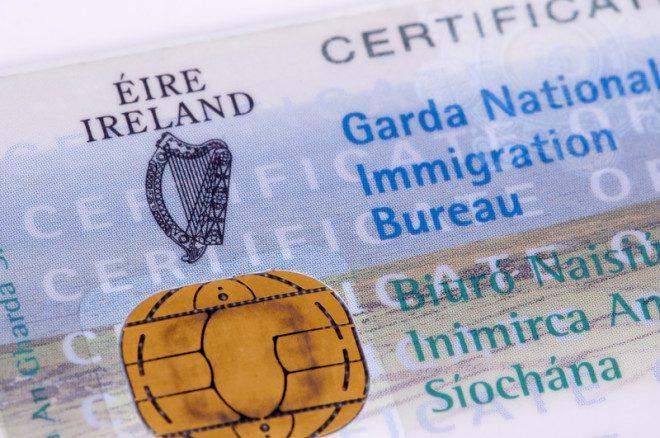 O IRP substitui o antigo GNIB e é o documento que demonstra sua presença legal na Irlanda. Crédito: Rodrigobellizzi | Dreamstime.com