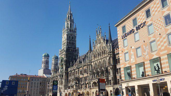 Marienplatz 02