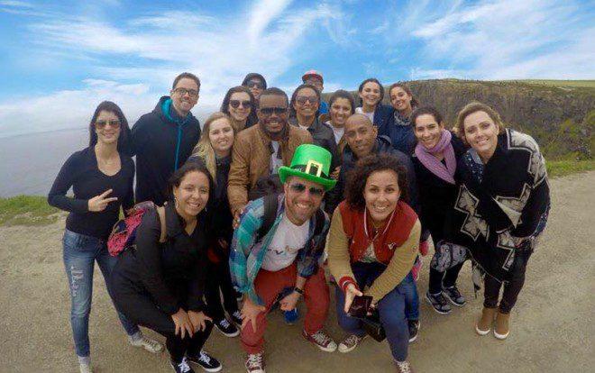 Passeio com nossos alunos nos Cliffs of Moher