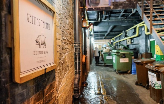 Dublin e seus pubs secretos como o Blind Pig. Foto: District Magazine