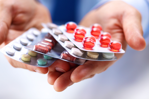 Saiba quais remédios parecidos com os que temos no Brasil.