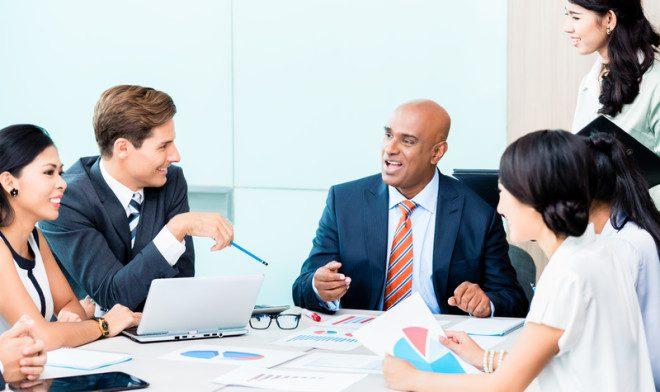 É possível encontrar vagas como atendimento ao cliente, especialista em vendas, entre outros. Crédito: Arne9001/Dreamstime