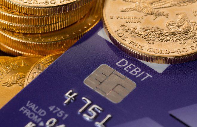 Função é válida apenas para cartões de débito. Imagem: steveheap | Depositphotos