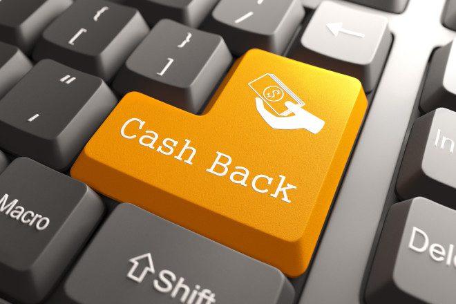 Opção cash back facilita a vida do consumidor. Imagem: tashatuvango | Depositphotos