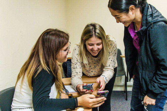 Castleforbes College é uma escola de Inglês direcionada a estudantes que buscam opções atualizadas com as tecnologias. Crédito: Acervo Castleforbes