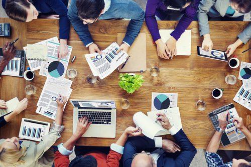 Marketing Digital atrai a atuação de jornalistas estrangeiros no mercado irlandês. Crédito: Depositphotos/ Rawpixel
