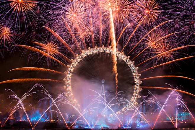 London Eye e os fogos de artifício no Reveillon em Londres. Crédito: Anand Kanthan | Dreamstime