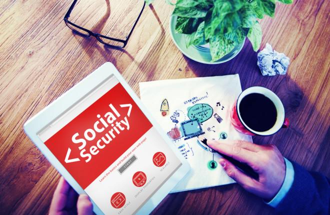 Fique de olho na legislação sobre a previdência social se você mora no exterior. Crédito: Depositphotos/ Rawpixel