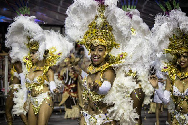 O país do carnaval atrai milhares de turistas, mas recebe críticas. Crédito: Samystclair | Dreamstime