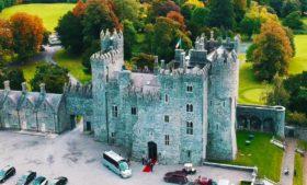 Hospedado em um castelo na Irlanda