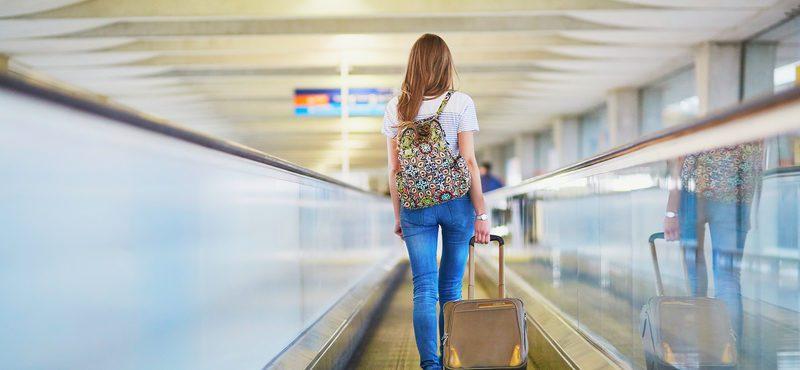 Coronavírus: Irlanda obriga passageiros a preencherem formulário em aeroportos ao chegar no país
