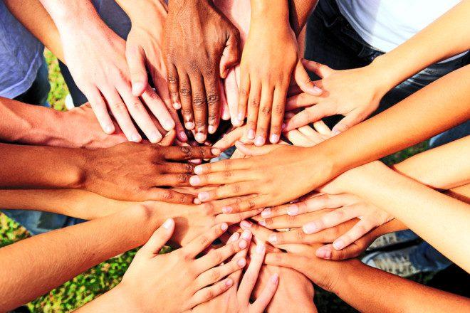 Todo mundo junto e misturado: intercâmbio é uma época maravilhosa para fazer novos e verdadeiros amigos. Foto: Mauricio Jordan de Souza Coelho/Dreamstime
