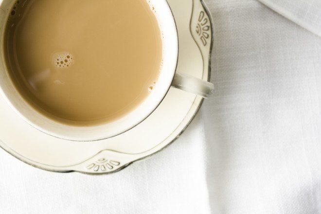 Chá com leite? Não estranhem se um irlandês te oferecer esta curiosa mistura Foto: Lindsay Stone/Dreamstime