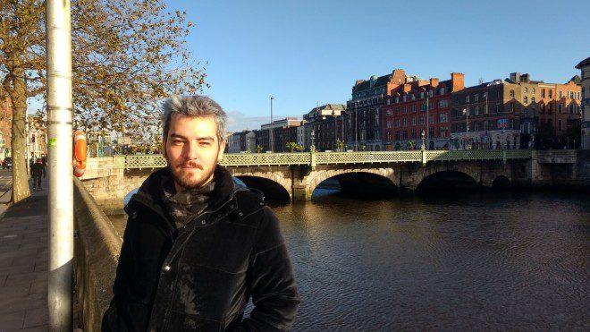 Primeiros passos em Dublin ao lado do rio Liffey. Foto: Fábio Gibelli