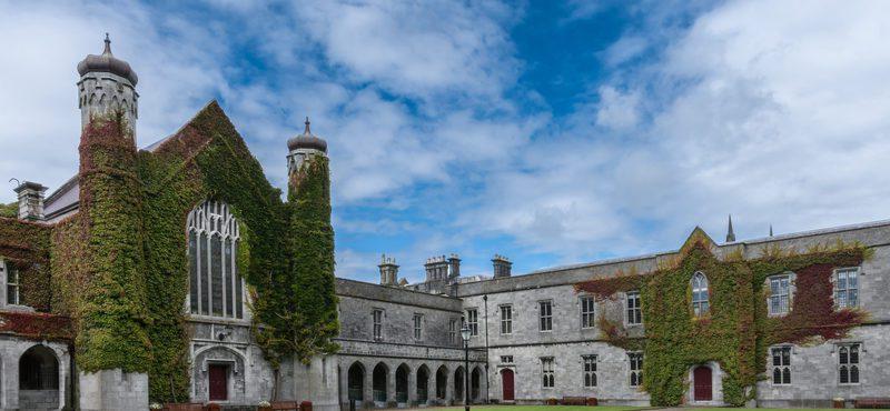 Galway também oferece excelentes universidades?