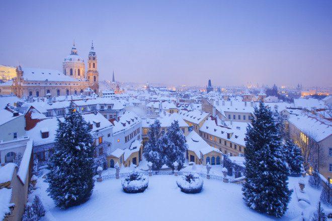 Praga é ainda mais bonita no inverno. Foto: Frantisek Chmura | Dreamstime