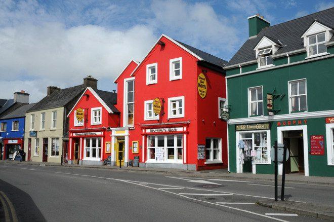 Dingle, em Kerry, ao sul da Irlanda, é indicada para aposentados. Crédito: Gunold | Dreamstime