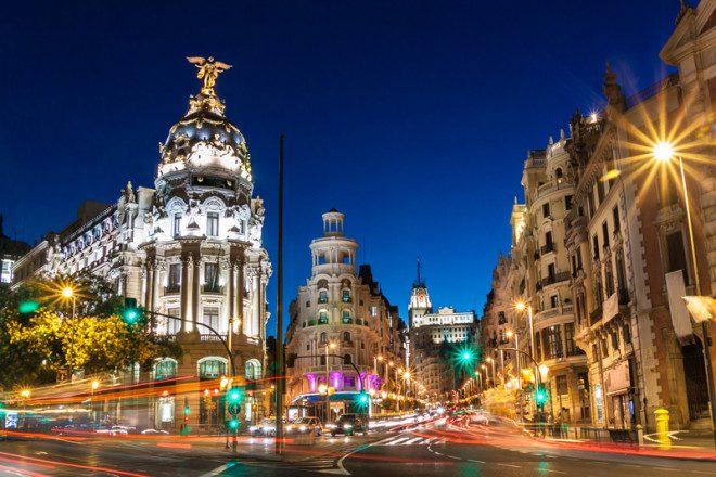 Madrid vale a visita para um passeio romântico. Crédito: Dreamstime